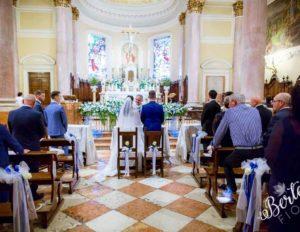 elegante_blu_chiesa